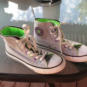 Converse chucks hi top sneakers girls 2 W's 4